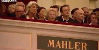 Orkestra şefi Hollanda kraliçesini İslam Davet Etti
